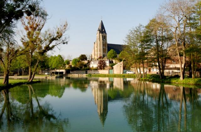 Brézolles (28) L'église