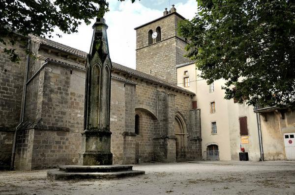 Ceilhes-et-Rocozels (Hérault) L'église