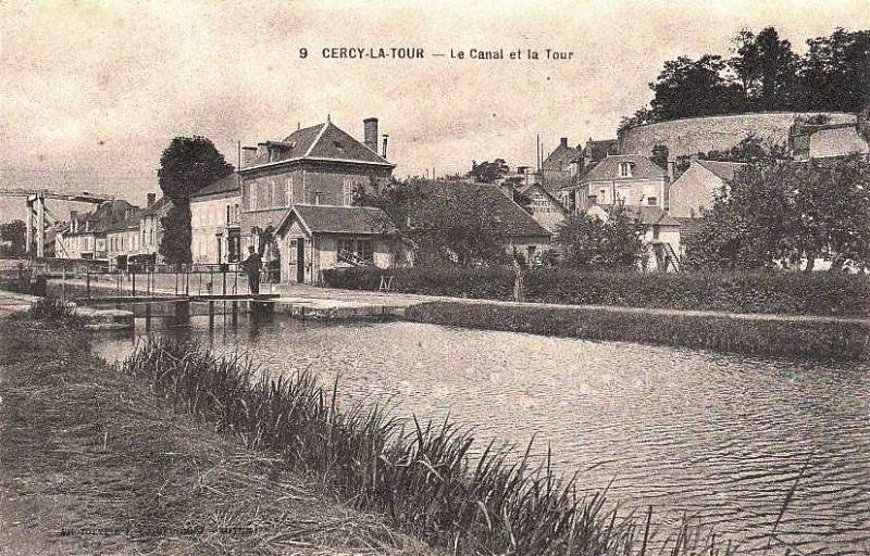 Cercy-la-Tour (Nièvre) Le canal CPA