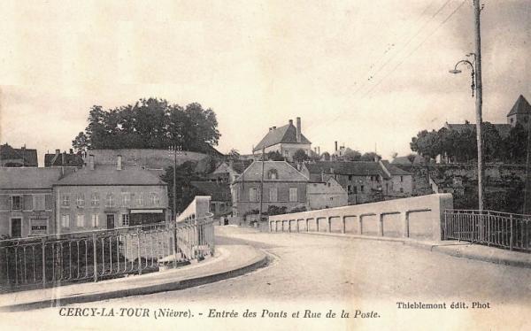 Cercy-la-Tour (Nièvre) Le pont CPA