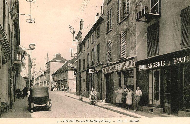 Charly-sur-Marne (Aisne) CPA