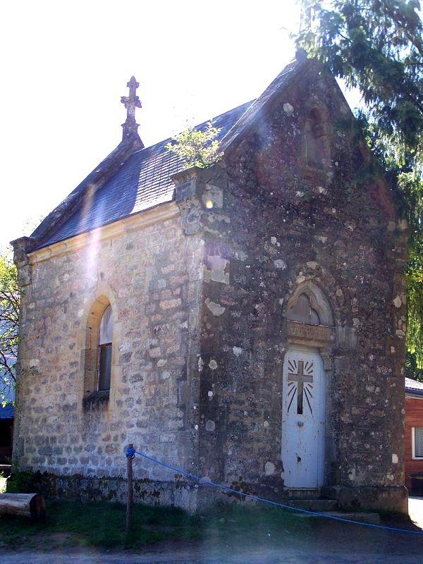 Château-Chinon (Nièvre) La chapelle du Chêne