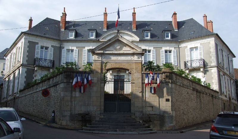 Château-Chinon (Nièvre) La Sous-Préfecture