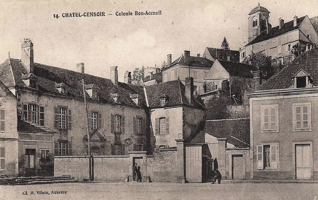 Châtel-Censoir (89) La Colonie Bon Accueil CPA