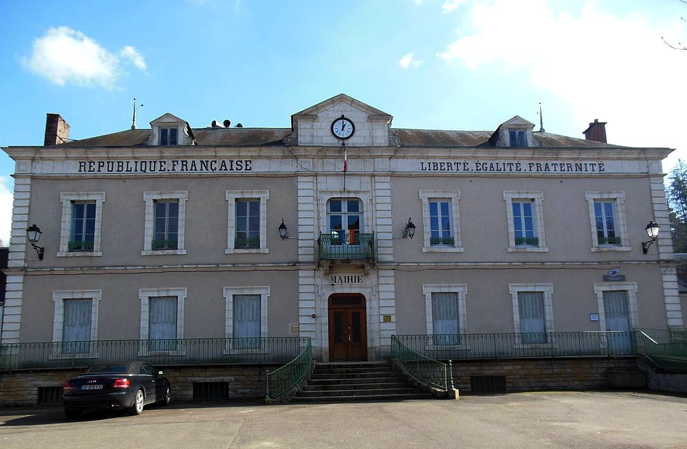Châtel-Censoir (89) La mairie