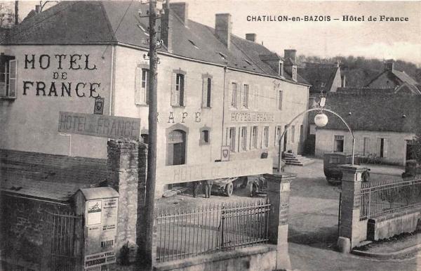 Châtillon-en-Bazois (Nièvre) L'Hôtel de France CPA