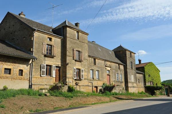 Chauvency-Saint-Hubert (Meuse) L'ancien prieuré