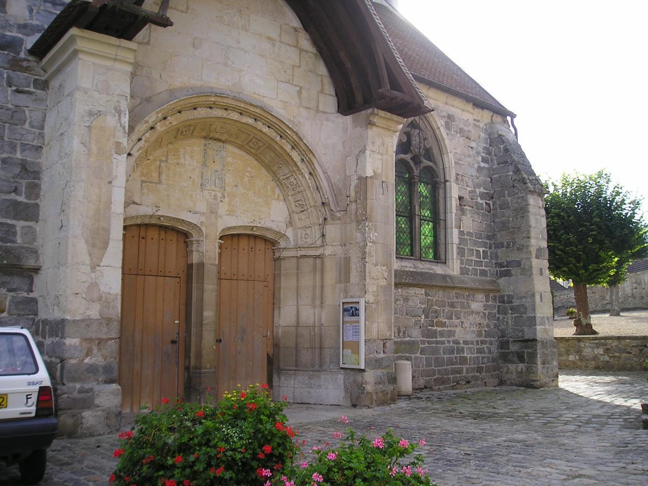 Chézy sur Marne (Aisne) Eglise Saint Martin en 2004