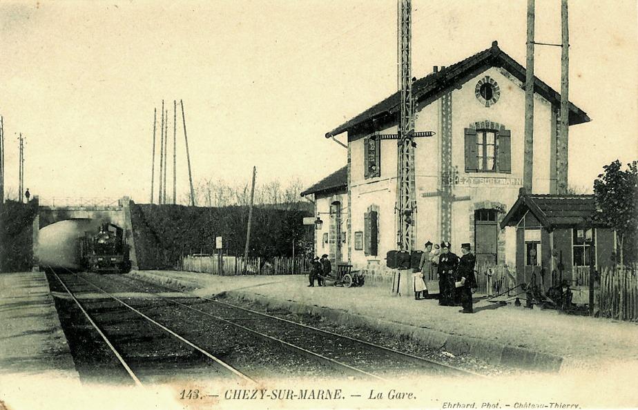 Chézy-sur-Marne (Aisne) CPA Gare