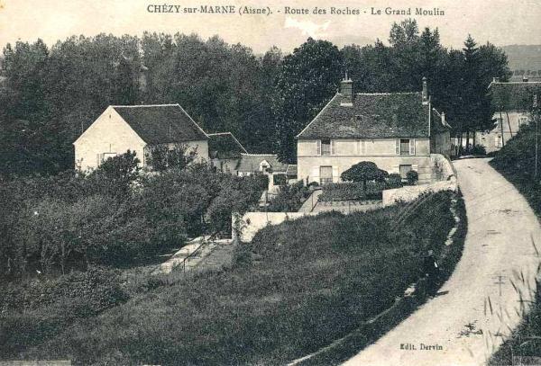 Chézy-sur-Marne (Aisne) CPA Grand moulin