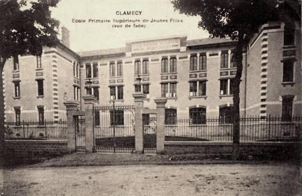 Clamecy (Nièvre) L'école primaire de filles CPA