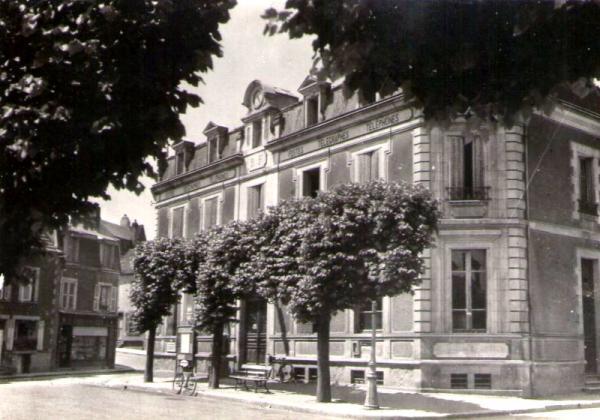 Clamecy (Nièvre) La Poste CPA