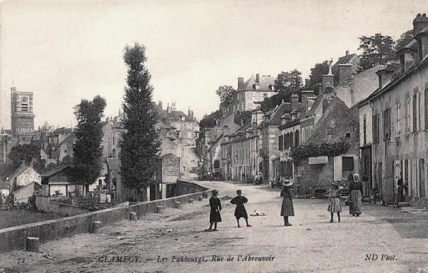 Clamecy (Nièvre) La rue de l'abreuvoir CPA