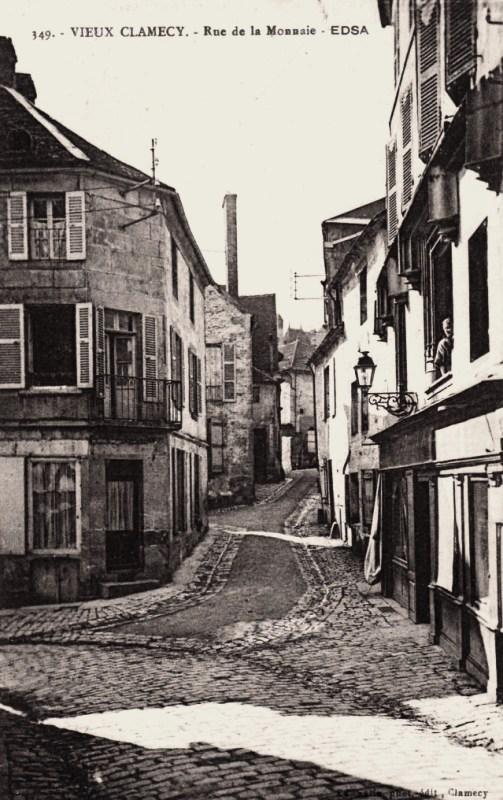 Clamecy (Nièvre) La rue de la Monnaie CPA