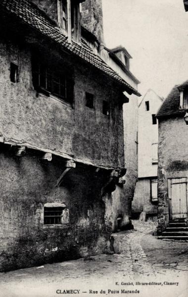 Clamecy (Nièvre) La rue du puits Marande CPA