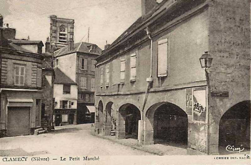 Clamecy (Nièvre) Le petit marché CPA