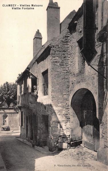 Clamecy (Nièvre) Vieille maison CPA