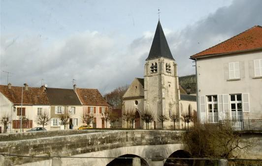 Condé en Brie (Aisne) Eglise Saint Rémi