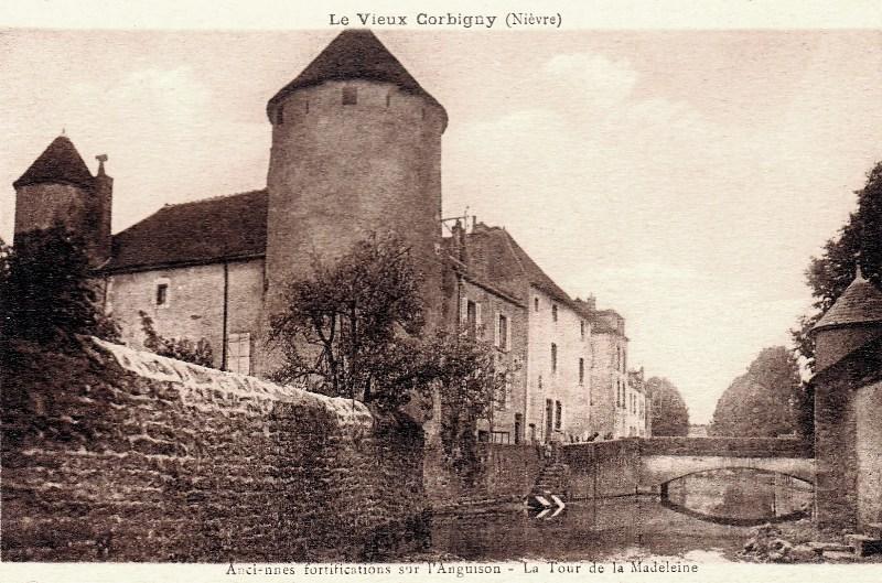 Corbigny (Nièvre) L'ancienne forteresse CPA