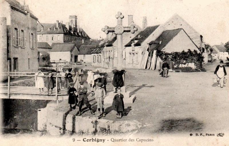 Corbigny (Nièvre) Le quartier des Capucins CPA