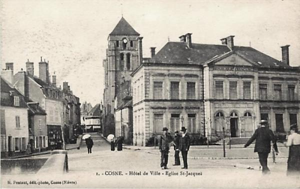 Cosne-Cours-sur-Loire (Nièvre) L'Hôtel de Ville CPA