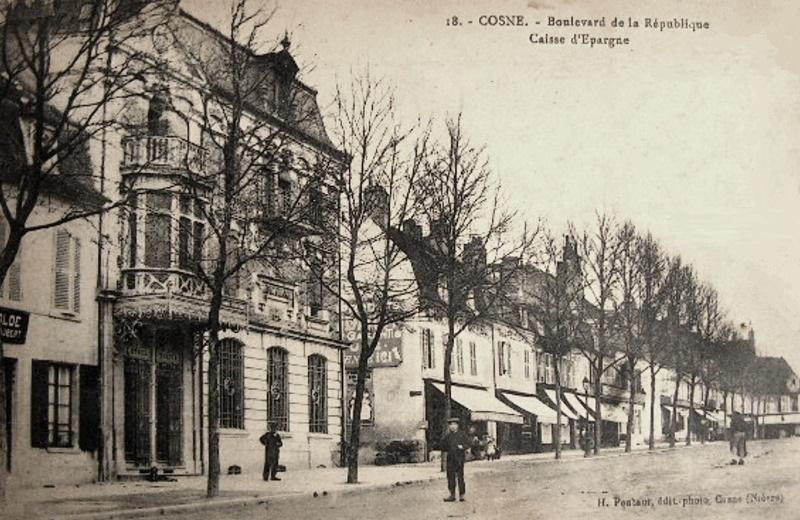 Cosne-Cours-sur-Loire (Nièvre) La Caisse d'Epargne CPA