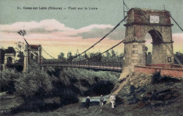 Cosne-Cours-sur-Loire (Nièvre) Le pont sur la Loire CPA