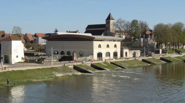 Cosne-Cours-sur-Loire (Nièvre) Le site de La Chaussade
