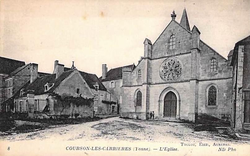 Courson-les-Carrières (89) L'église Saint-Pierre CPA