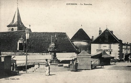Courson-les-Carrières (89) La fontaine CPA