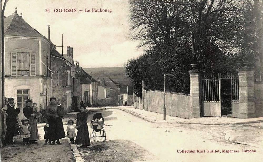Courson-les-Carrières (89) Le faubourg CPA