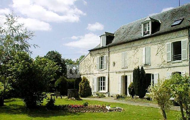 Courtenay (45) Château de Vaulxfin