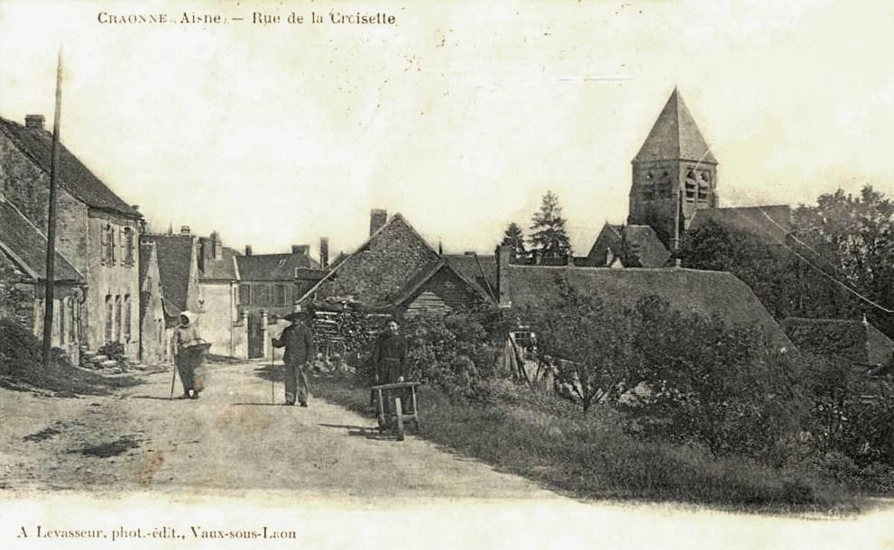 Craonne (Aisne) CPA rue de la croisette