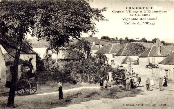 Craonnelle (Aisne) CPA entrée du village avant 1914