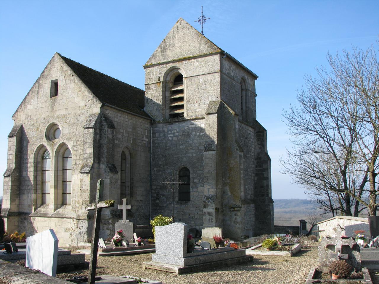 Cuissy-et-Gény (Aisne) Eglise et cimetière en 2009