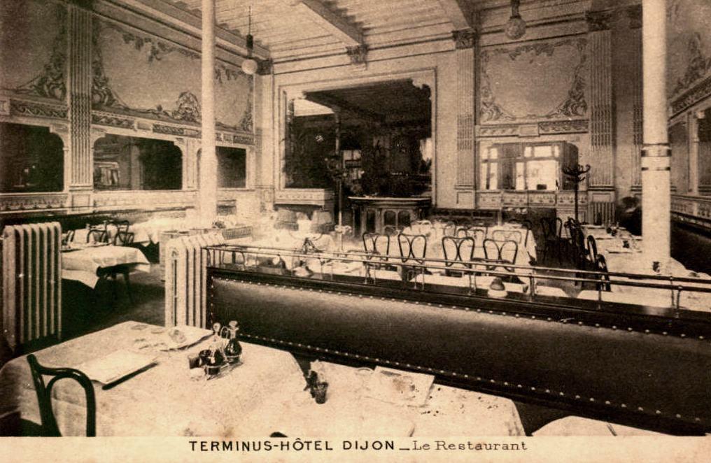 Dijon (Côte d'Or) L'Hôtel Terminus, restaurant CPA