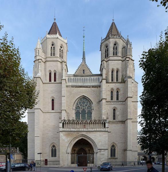 Dijon (Côte d'Or) La cathédrale Saint-Bénigne