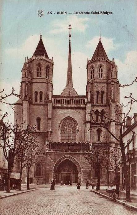 Dijon (Côte d'Or) La Cathédrale Saint-Bénigne CPA