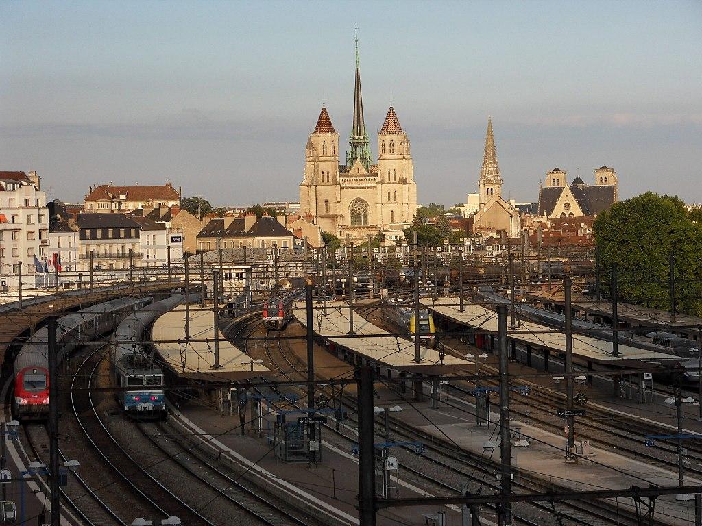 Dijon (Côte d'Or) La Gare Dijon-ville