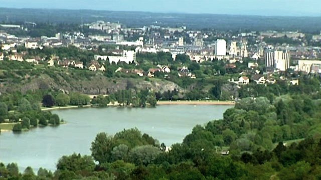 Dijon (Côte d'Or) Le lac Kir