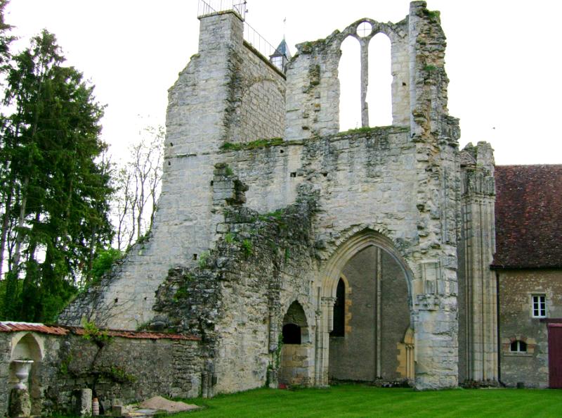 Donzy (Nièvre) L'Abbaye de l'Epeau
