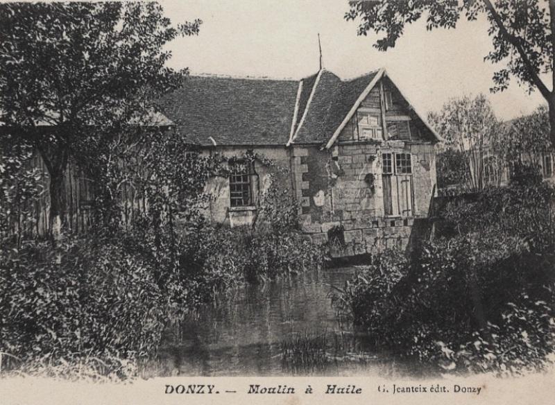 Donzy (Nièvre) Le moulin de l'Ile CPA