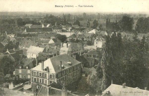 Donzy (Nièvre) Vue générale CPA