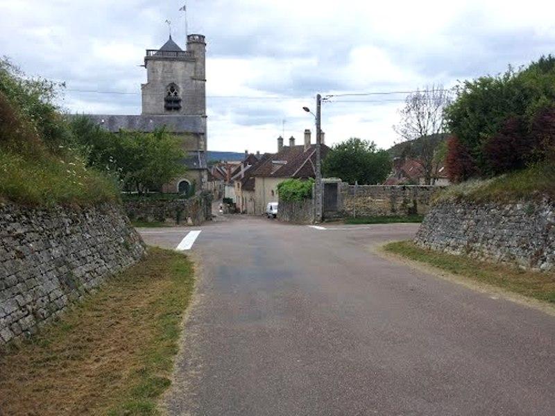 Dornecy (Nièvre) L'église Saint Martin
