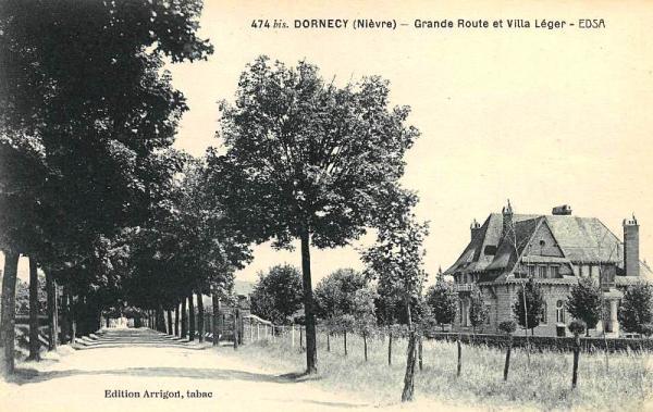 Dornecy (Nièvre) Le château-Léger CPA
