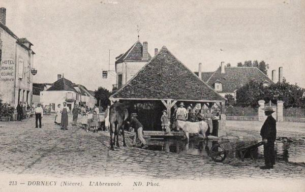 Dornecy (Nièvre) Le lavoir CPA