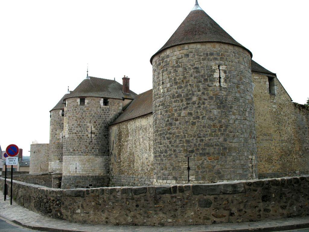 Dourdan (Essonne) Le château