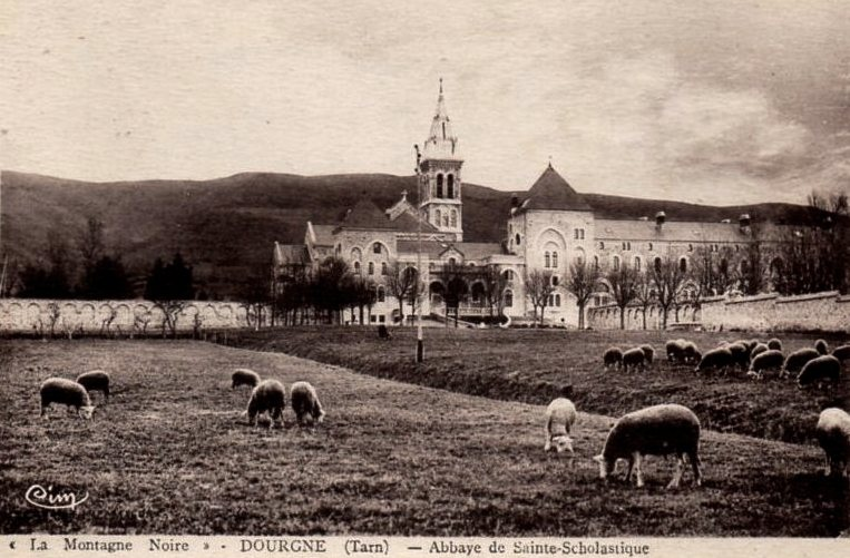 Dourgne (Tarn) CPA Abbaye Saint Scholastique d'En-Calcat