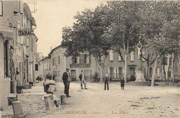 Dourgne (Tarn) CPA place