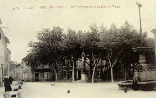 Dourgne (Tarn) CPA promenade et rue de Rome